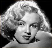 Marilyn_Monroe_Biography_3